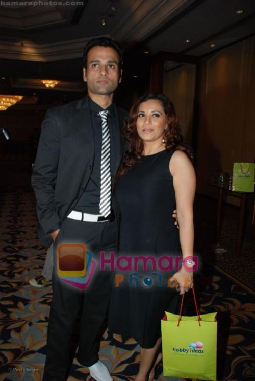 Rohit Roy, Manasi Joshi Roy at Hobby Ideas Shaina NC show in Leela Hotel on April 13th 2008  shown to user